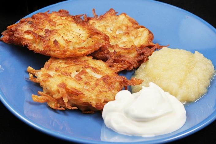 Traditional Chanukah Potato Latkes STBM Ralph Messer